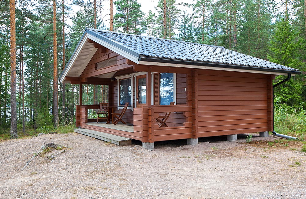 Tommolansalmi summer cottage